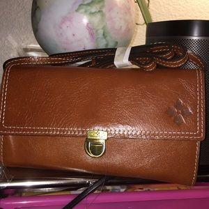 New! Patricia Nash Alia Leather Flap Crossbody Bag